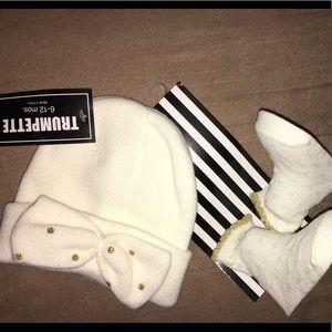 Baby girl hat & socks